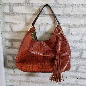 G.I.L.I brand large hobo with removable strap